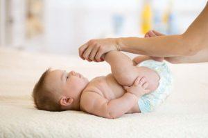 Como aliviar los gases en bebés lactantes